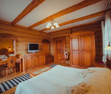 "Rooms - Hotel ""Koruna"""