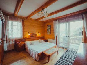 """Room """"Apartments"""" - Hotel """"Koruna"""""""