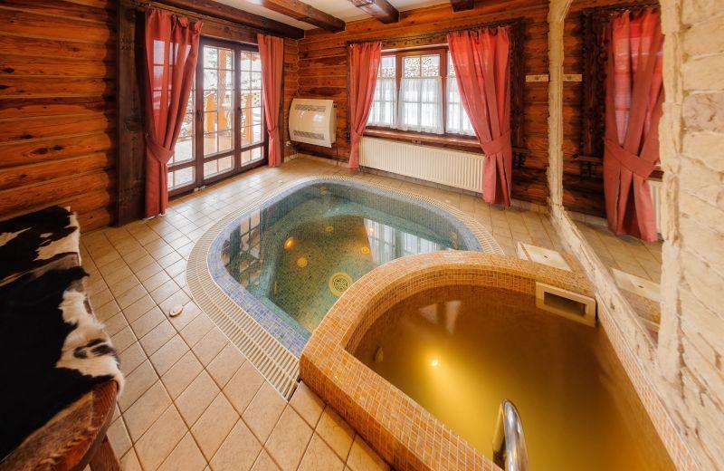"""Bath - Hotel """"Koruna"""""""