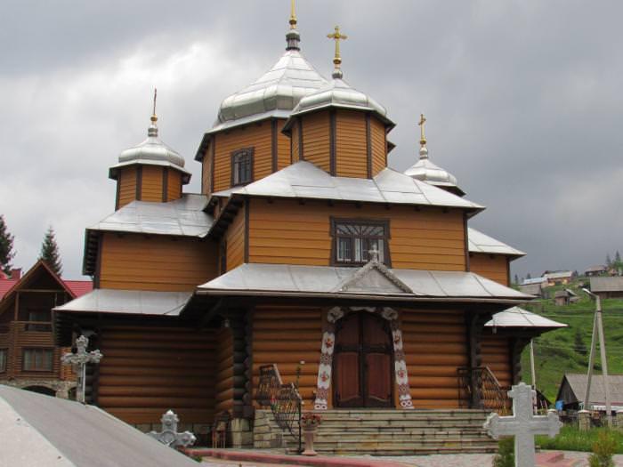 Веденская церковь в с. Поляница