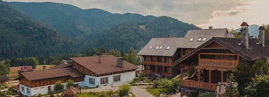 Готель-курорт Коруна
