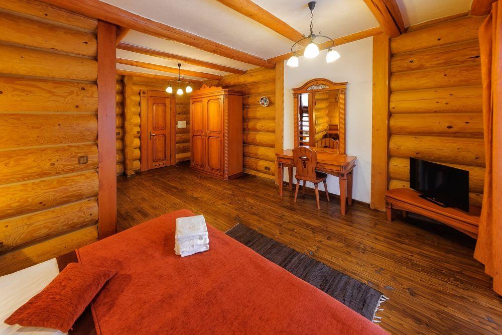 Апартаменты в отеле «Коруна»