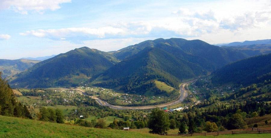Живописное село Криворивня