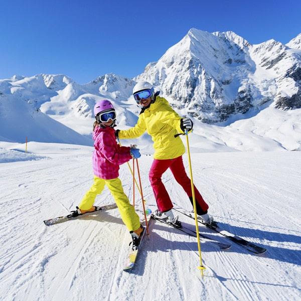 Лыжники в Карпатах