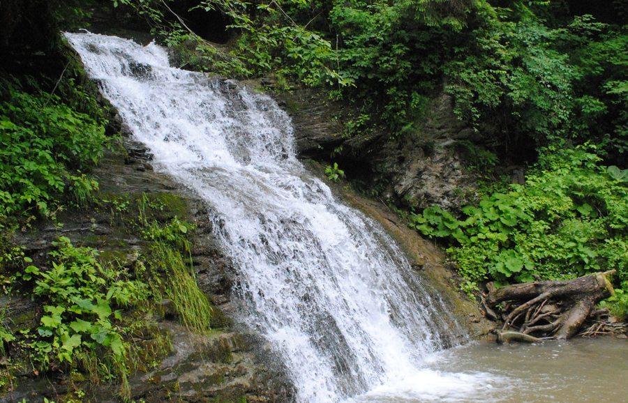 Водопад Гук