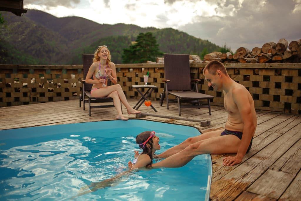 Отдых в отеле с бассейном