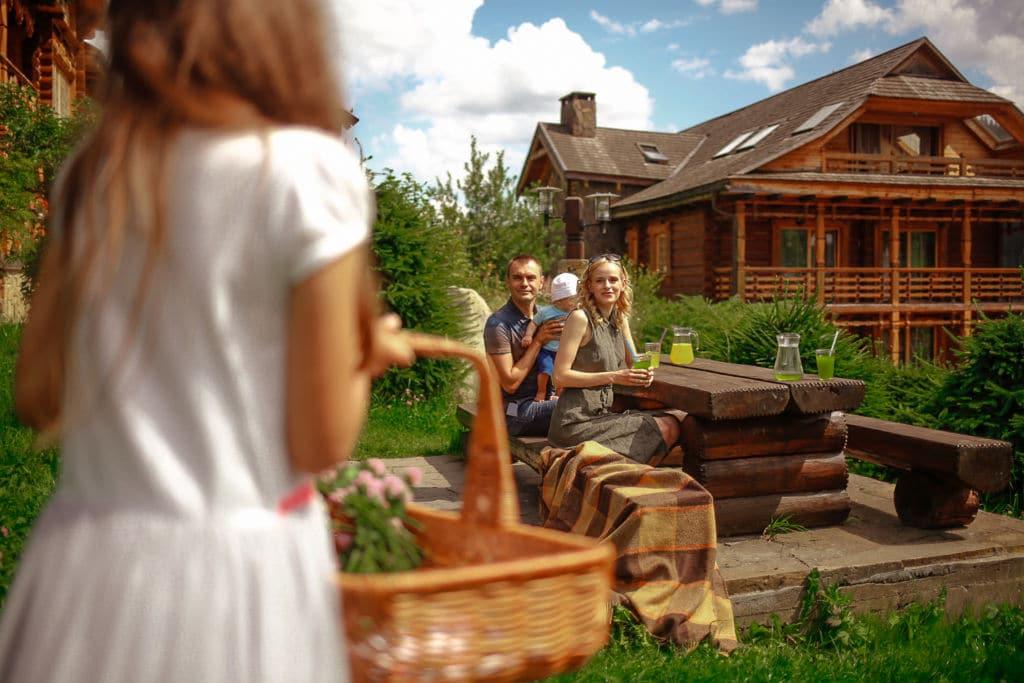 Отель Коруна для отдыха в Прикарпатье