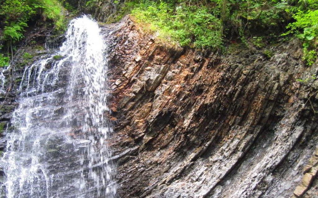 Водопад возле Татарова
