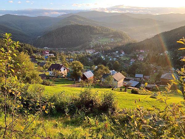 Село Яремче